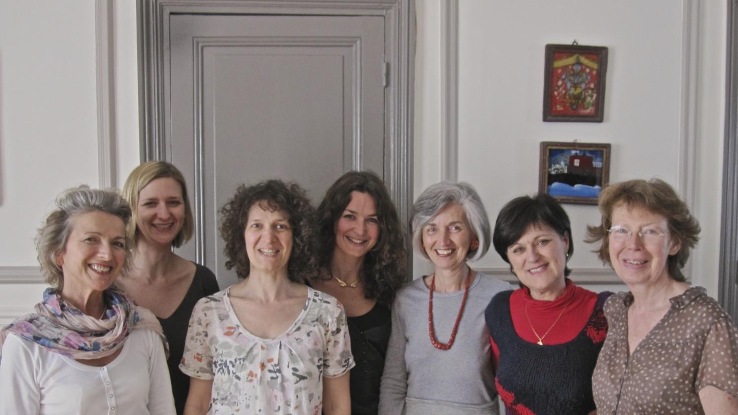 Marina marguerita et ses eleves, fondatrices d'instant yoga